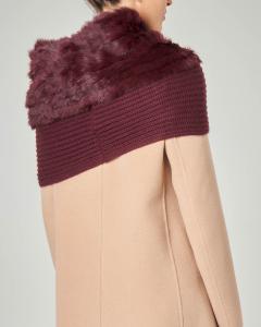 Collo in maglia bordo con profilo in ecopelliccia tono su tono