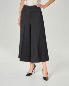 Pantaloni culotte neri in lana stretch