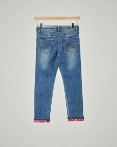 Jeans lavaggio stone wash con risvolto e dettaglio in tartan check rosa 3-7 anni