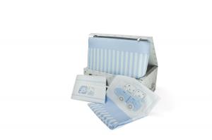 Completo piumone in scatola per lettino ricamato completo di lenzuolino modello Pastello  related image