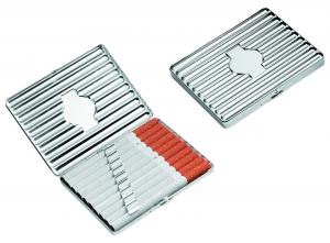 Portasigarette argentato in silver plated cm.8,3x10,5x1,5h
