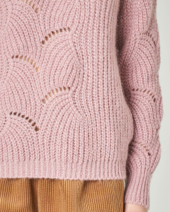 Maglia rosa in mohair con lavorazione traforata