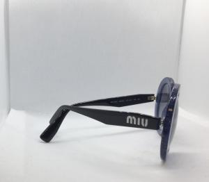 Occhiale sole Donna Miu Miu modello SMU 06U