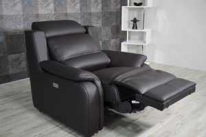 ERMA - Poltrona relax in pelle colore testa di moro con recliner elettrico e poggiatesta regolabile