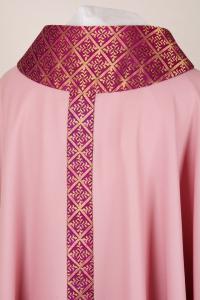 Casula rosa con stolone in seta