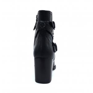 Stivaletto nero con borchiette Guess