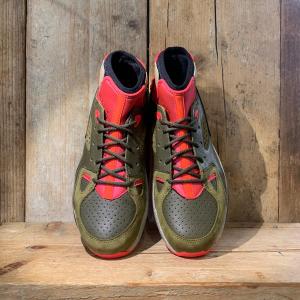 Scarpa Nike Mowabb Og Verde Militare e Rosso Fluo