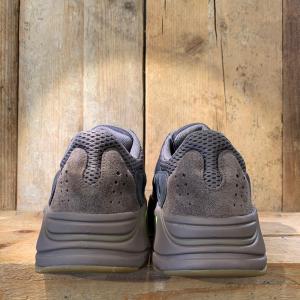 Scarpa Adidas Yeezy Boost 700 Mauve