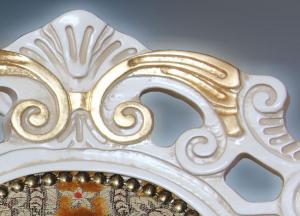 Silla cabecera laqueada blanca brazos acochados