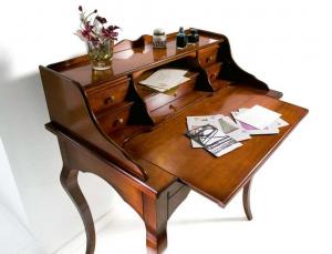 Mesa de despacho multinacional estilo '700