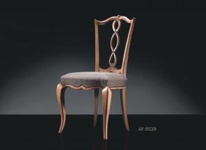 Silla de diseño en madera Fanfan
