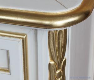 Cajonera 7 cajones detalles en pan de oro