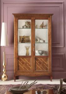 Mueble vitrina 2 puertas con marquetería