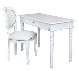Mesa de despacho blanca y silla en madera blanca