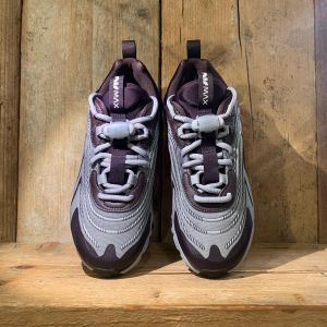 Scarpa Nike Air Max 270 React ENG Grigia e Viola
