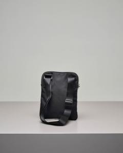 Borsa a tracolla nera in nylon con logo ricamato