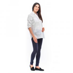 Daniela camicia bianca allattamento