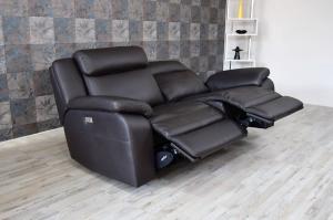 CRISPIAN - Divano relax 3 posti in pelle di colore nero antracite dotato di meccanismi recliner elettrici