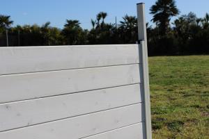 Salto chiuso obedience regolabile (struttura in alluminio, assi in legno)