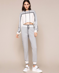SHOPPING ON LINE TWINSET MILANO MAGLIA CROPPED IN FELPA CON LOGO STAMPATO NEW COLLECTION  WOMEN'S SPRING SUMMER 2020