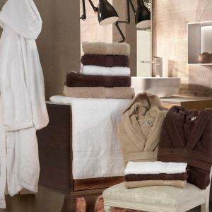 Set Asciugamani da Bagno in Morbida Spugna 100% Puro Cotone Naturale, Coppia Spugne Viso 60x105 cm + Ospite 60x40 cm | PERLA
