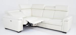 REXANA - Divano relax angolare bianco in pelle a 4 posti maggiorati con movimento elettrico, poggiatesta regolabili