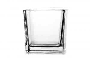 Vaso cubo in vetro