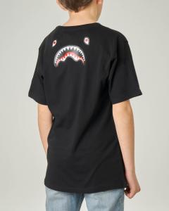 T-shirt nera mezza manica con logo e grafica monster sul retro 10-14 anni