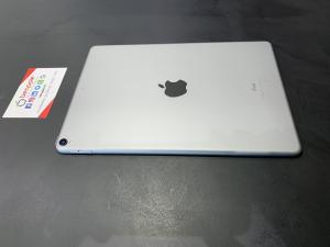 Apple iPad Pro 10.5″ 256 GB Spacegray versione Wi-Fi 2017 (Ricondizionato)