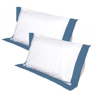 Coppia Cuscini con Elegante Set di 4 Fodere GRATIS in Morbido Cotone Bianco + Balza Blu, 2 Guanciali 100% Memory Foam per dolori CERVICALI in Schiuma Ergonomica ANTIACARO