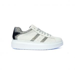 Sneaker bianca con stella Barque