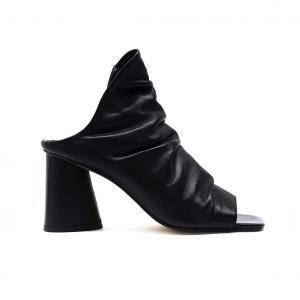 Sandalo open-toe nero Tosca Blu