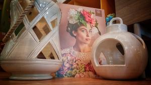 Lanterna ceramica Toscana Montelupo bianca media
