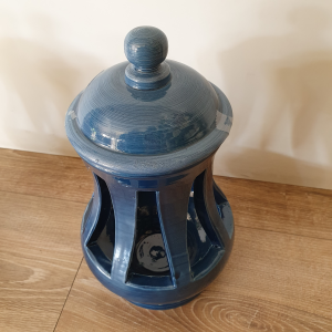 Lanterna ceramica Toscana Montelupo con coperchio blu