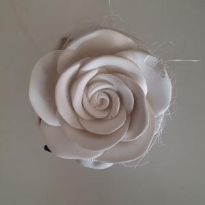 Pozzetto in tessuto con gesso profumato bianco