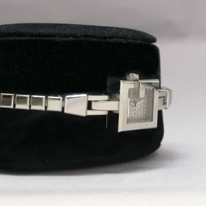 GUCCI DIAMOND WATCH BRACELET