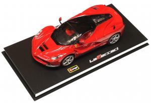 Ferrari LaFerrari Red Black Roof