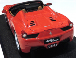 Ferrari 458 Spider Rosso Corsa 1/18