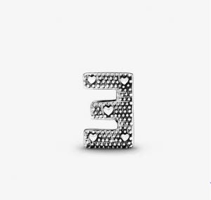 Charm dell'alfabeto Lettera E