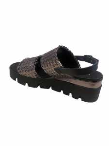 Sandalo intrecciato