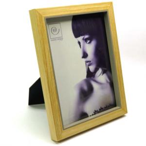Porta foto con cornice in legno e tortora 15x20