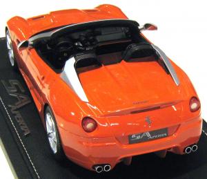 Ferrari SA Aperta Street 2010 Rosso Dino Limited 150 Pieces 1/18