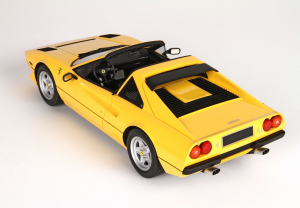 Ferrari 208 Gts Turbo 1983 Giallo Modena With Case Limited 99 Pieces 1/18