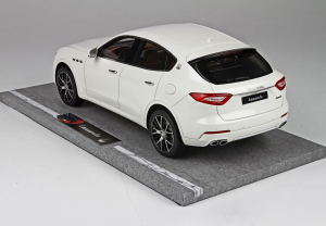 Maserati Levante 86° Geneve Auto Show 2016 Bianco Alpi 199 Pieces 1/18