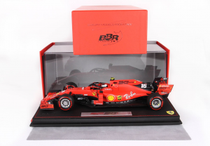 Ferrari SF90 F1 GP Australia 2019 Charles Leclerc With Case Pirelli Red 1/18