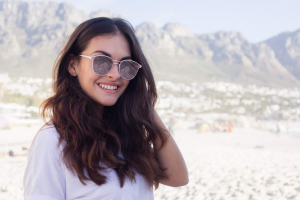 Pink sunglasses with mirrored lenses