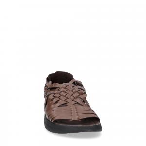 Malibu Sandals man canyon bison-1
