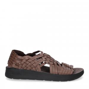 Malibu Sandals man canyon bison-2