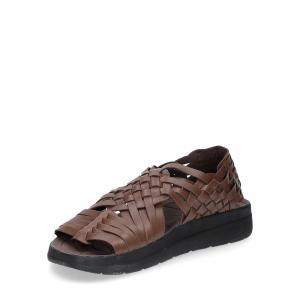 Malibu Sandals man canyon bison-3