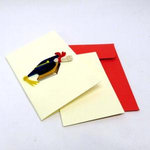 Mini biglietto cappello laurea in filigrana di carta